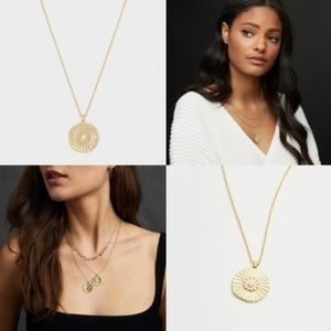 NWT Gorjana Sunburst Coin Necklace in Gold